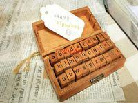 Trasporto libero 30 pz / set in scatola di legno legno antico timbro di scuola tipo di libro simboli dell'alfabeto maiuscole minuscole, 20 set / lotto
