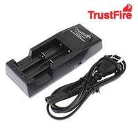Kostenlose fedex / dhl 20 stücke trustfire 001 tr001 lithium ladegerät für 14500 16340 18500 18650 batterie eu / us stecker (schwarze farbe)