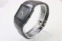 Remise Cadran Noir limitée Montre Femme Golden Pointer Wristwatch Montres Femmes Noir Inoxydable