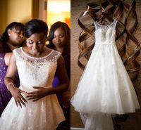 Sheer Neck Beaded 2015 Wedding Dresses Beading Plus Size A-Line Tulle con apliques de encaje Vestidos de novia Sparkle Crystals Vestidos de novia en árabe