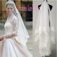 Kate Middleton Veli da sposa in pizzo Applique Bordo Tulle Veli lunghi per Veli da sposa Accessori Vendita calda