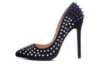 Lusso punta a punta in pelle scamosciata nera Ombre Spikes Rivetti Womens Pumps, Sexy Ladies 120mm Designer Red Bottom Tacchi alti scarpe da sposa Dress Shoe