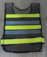 Хорошая цена высокая visility черная сетка светоотражающий жилет безопасности высокий свет предупреждение жилеты Flourescent желтый ПВХ светоотражающая лента сетка ткань жилет