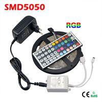 Blister Retail Box SMD 5050 LED Streifen Licht RGB 150 LEDs 5M Flexible Rope Tape Lights + 44 Schlüssel Fernbedienung + DC 12V Adapter Netzteil