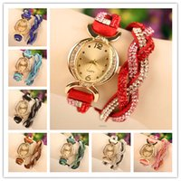 Hot Sprzedaży Kobiety Wrap Zegarki Korea Velvet Band Lady Skórzane Zegarki Wrist Watches Oval Dial Uroczy Bransoletki Zegarki Mix 8 Kolory Darmowa Wysyłka