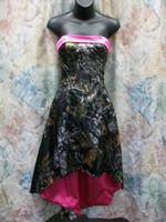 Vestidos de baile sin tirantes fucsia fucsia Vestidos de dama de honor alta baja Vestidos de fiesta formal de camuflaje Realtree Vestido de fiesta de la imagen actrual