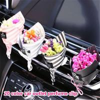 Großhandel 20 Farbe getrocknete Blume Auto Lufterfrischer Auto Parfüm Clip Auto Outlet Parfüm Clip Auto Innenraum atp233