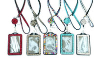 Strass bling colhedor de cristal colar de diamantes colar de pescoço com titular de crachá de identificação forrado horizontal e chaveiro para id / chave / telefone celular
