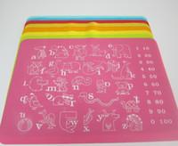 Silikon Tischset Tischset Pad Weiche Antihaft Küche Rolltischmatte Cartoon Tier Alphabet Zahlen 40 * 30 cm für Kinder Baby