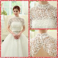 a92eb9364e6 Elegante collo alto pizzo floreale avvolge perle perline da sposa bianco  che borda scialle giacca di