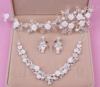 Livraison gratuite vente chaude bijoux de mariée alliage de mode trois pièces collier couronne demoiselle d'honneur robe accessoires de mariage shuoshuo6588