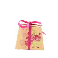FEIS en gros Papier Faveurs De Mariage Boîte De Sucrerie Bébé Rétro Impression bonbons boîtes Accessoires De Mariage Partie Bébé Douche Mariage Cadeau