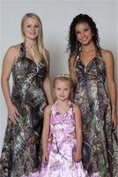 Camo Bridemaid Dresses Halter 사용자 정의 민소매 이브닝 가운 빈티지 숲 정장 층 길이 신부 하녀 드레스 여성을위한