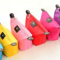 Bolsas de cosméticos para el maquillaje de las mujeres bolsa sólido compone el bolso colgante del recorrido del embrague kit de baño del sostenedor del organizador de la joyería monedero ocasional Colores