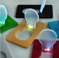 2015 mini portable LED Night Card Light Wireless Fun Gadget Fun Flashlight Cadeau Christmas Cadeau Chirlen Toys LED Carte de poche portable