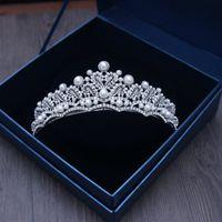 Lüks Gümüş Kristaller Düğün Taçlar Inciler Shinning Gelin Tiaras Rhinestone Kafa Adet Kafa Ucuz Saç Aksesuarları Pageant Taç