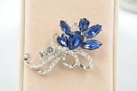 All'ingrosso-New Fashion Womans Vintage Bijouterie Migliori spille di cristallo austriache Bouquet Coroa Design Donne Antique Gold Brocce di gioco