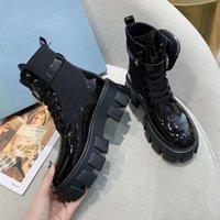2021 Kadın Tasarımcı Stilisti Rois Çizmeler Ayak Bileği Naylon Cep Siyah Boot Askeri İlham Mücadele Bootes Naylon çorap Kılıfı Ekli Çıkarılabilir Çanta Kış Kalın Tabanlı Ayakkabı