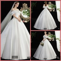 2021 Robe demariage white satin ball gown wedding dresses off the shoulder vintage ruffled princess puffy corset bride dress plus size floor length bridal gowns