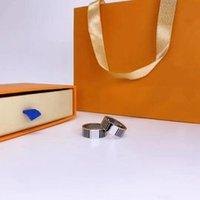 ANELLO AMORE Silvery Rose Gold Anelli di moda unisex per uomo Donna Gioielli Uomini Donna 7 Regali di colore Accessori designer di lusso con borsa a bolle