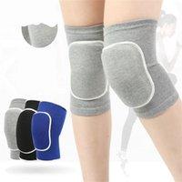 Plaquettes antidérapantes au genou au genou respirant des genoux doux respirants pour la lutte de la danse Basketball Basketball running Relief de l'arthrite pour femmes hommes 720 Z2