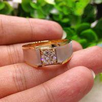 الأزياء والمجوهرات solitaire moissanite 925 الفضة الاسترليني 18k الذهب ملء جولة قطع الأبيض توباز تشيكوسلوفاكيا الماس الرجال خاتم الزواج WJL1136