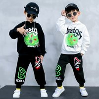 Baby Boys Sport Suit Autumn White black Hooded Sweatshirts and Loose Trousers Teenage School Boy Outfit Kids Tracksuits 210430