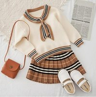 Детские рождественские полоса вязать шерстяные смеси 2шт наборы одежды трексуиты Pullover + юбка наряды детей дизайнерские свитера девушки 18 м-7Y бутик