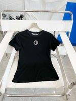 T-Shirt Summer Summer Designer T-shirt Fashion Brand Top Donna Camicia Abbigliamento di lusso Abbigliamento a manica corta 2021