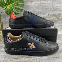 Moda Klasik Erkek Bayan Sneakers Konfor Güzel görünümlü Rahat Ayakkabılar Deri Chaussures Işlemeli Arı Yılan Kaplan Kalp Siyah Parti Elbise Eğitmenler Ayakkabı
