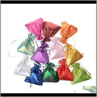 Bolsas, entrega de gota de exibição 2021 m Presente Embalagem DSTring Bag 10x12cm Cetim Mini Mini Anéis Colar Pequenas Bolsas De Jóias Colorido Wedd