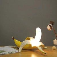 مصابيح الجدول مصباح الموز بعد الحديثة غرفة نوم الإبداعية الشمال تصميم مصمم أوروبي بسيط