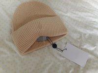 Оптом шансы зимние эластичные колпачки шляпы женщин и мужчин с реальным енотным мехам помпоны теплые девушки кепки snapback pompon beanie