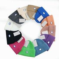 Оптовая Winter Beanie Hats для женщин и мужчин шапочки с реальными помпами енотных помпонов теплой девушки CAP Snapback Pompon Caps Caps