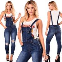 Женские джинсы парня пару разорванные комбинезон без рукавов джинсовые комбинезоны для женщин праздник спинка дыра 2021 повседневная одежда