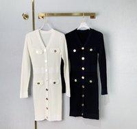 2021 Black White V Collar Long Sleeves Women Dress Designer Metal Buttons Knitting Bodycon Dresses 2903