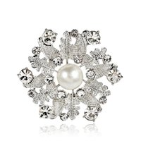 Hoja Mujeres Boutique Broches, Blanco Pearl Crystal Alloy Pins Lady Party Jewelry Broche 12pcs Envío rápido