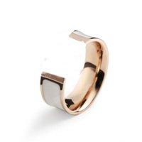 Titanium Steel Ring Женщины Европейская и американская Свет Роскошный H Письмо Нержавеющая Ювелирные Изделия