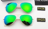 Classic design Polarized Luxury Ray Sunglasses Men Women Pilot Sunglasses UV400 Eyewear Glasses Metal Frame Polaroid Lens 3025 bans With box bb