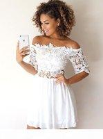 레이스 쉬폰 짧은 소매와 작은 흰 드레스 섹시한 라인 짧은 엽서 드레스 저렴한 간단한 칵테일 파티 착용