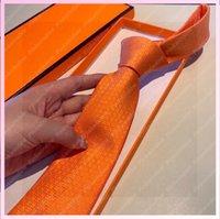 Moda Hombres Corbata Líneas de Seda 2021 Diseñador Cuello H Letra Lujos De Lujos Cinturones Diseño Mujeres Cinturas Femmes Ceinture de Luxe 2106052L