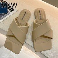 Zapatillas para mujer 2021 Moda de verano Diseño de moda cruzada Piso abierto Pisos Vintage Diapositivas casuales al aire libre Playa Female Flip Flops F3455GG88