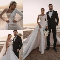 Mermaid Wedding Dresses 2021 With Long Sleeve Dubai Arabic gowns Middle East Zipper Back Bridal Sequins Pearls Satin Chapel Train