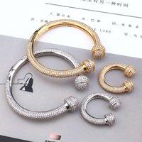 Link Piccolo fascino di lusso di lusso moda alta qualità temperamento temperamento pieno zircone a forma di bracciale a forma di u fuso monili della mano
