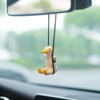 الداخلية ديكورات سيارة سوينغ بطة القط قلادة لطيف العطر الحلي مرآة الإبداعية الديكور الملحقات