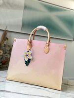OBEN!!! Onthego GM Autres Toiletten einkaufen Tasche farbige riesige Leinwand mit einem bunten Lederblumen-Charme 57641