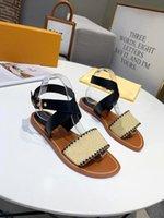 Moda Luxurys Designers Mulheres Sandálias Sandálias Sandálias Gladiador Gladiador Mulher Casual Sapatos Flat Senhoras Praia Sapato Romano 35-43