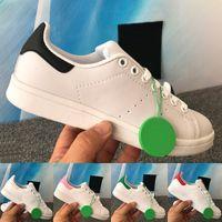Mais recente moda stan smith homens mulheres sapatos casuais triplo branco preto verde metálico prata rosa exuberante vermelho baixo tênis masculino tênis EUA 5-11