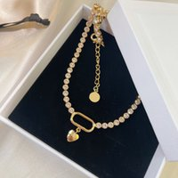 Diseñadores de lujo Collar de diamantes Moda Colgante de corazón Simple Delicado Delicado Elegante Alta calidad Adecuado para fiestas Regalos Muy bonito bueno agradable