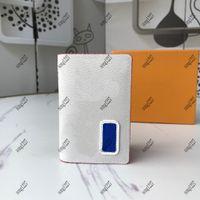 2021 80 bolsos de diseño de lujo 103 Exquisitos necesidades de bolso para salir de la billetera Tres tamaños están disponibles Bolsa de Messenger Single Bagbag